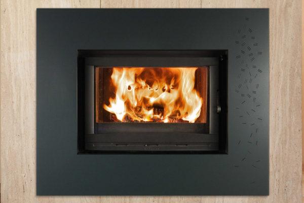 cheminee-fonte-flamme-foyer-vision-700