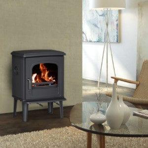 Fonte-flamme-55CB-poele-a-bois-design-rustique