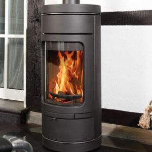 Fonte-flamme-cheminees-jouvin-poele-a-bois-design-contemporain-NOVIA-C-noir-sit