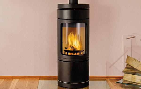 Fonte-flamme-cheminees-jouvin-poele-a-bois-design-contemporain-NOVIA-CL-noir-sit