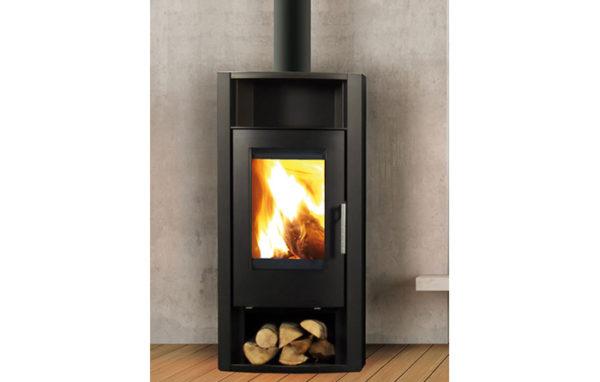 Fonte-flamme-cheminees-jouvin-poele-a-bois-design-contemporain-first-noir-cotes-acier-noir-il