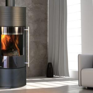 Fonte-flamme-cheminees-jouvin-poele-a-bois-design-contemporain-ilam-noir-porte-verre