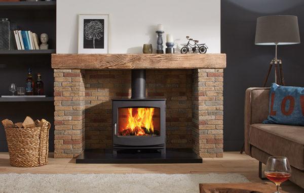 Fonte-flamme-cheminees-jouvin-poele-a-bois-design-contemporain-ivar-8-Low-il