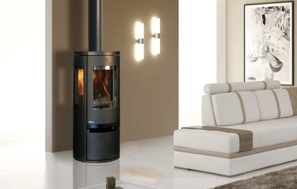 Fonte-flamme-cheminees-jouvin-poele-a-bois-design-contemporain-soro-ambiance-il