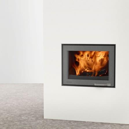 LORFLAM-insert-cheminee-bois-XP68-IN- graphite cheminees-jouvin-vitré-style moderne
