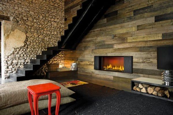 cheminée foyer bois MCZ Plasma 115 avec porte relevable avec cadre decoration Klee