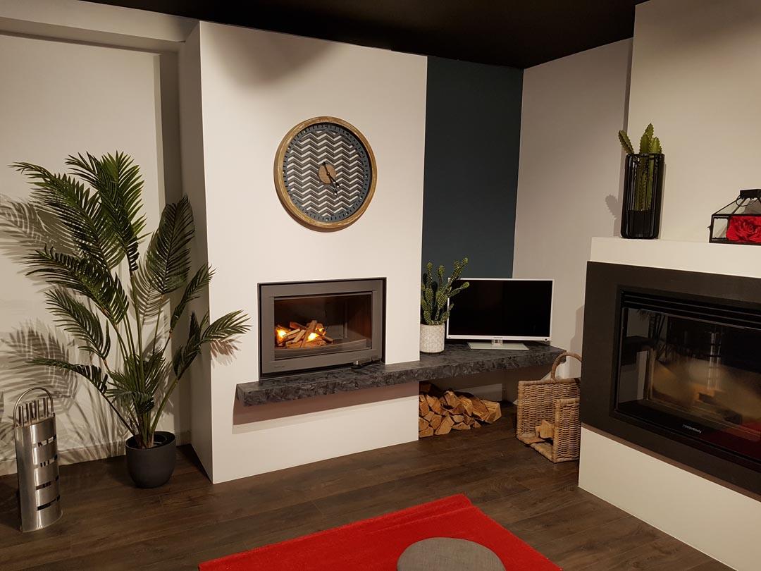 foyer fermé Lorflam XP 78 fonte porte batante - pierre granite matrix